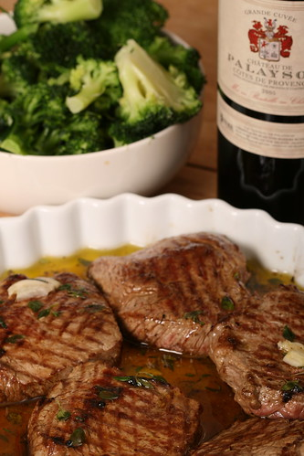Steak slices a la Nigella - grill first, then marinate, then slice and serve | by Pille - Nami-nami