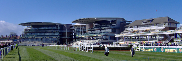 Aintree, Grand National Day 2009