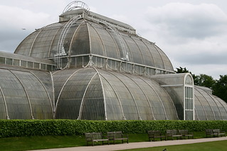 Kew Palm House | by A u s s i e P o m m