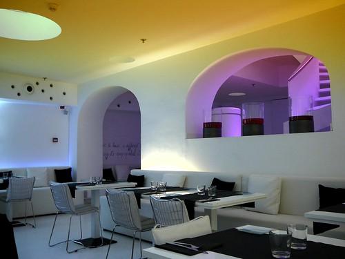 The white bar calle de la princesa barcelona - Calle princesa barcelona ...