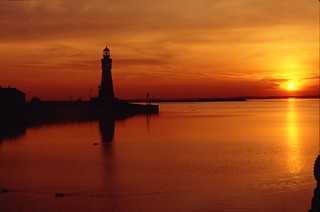 Buffalo Lighthouse - Coast Guard Base | by Guenther Lutz