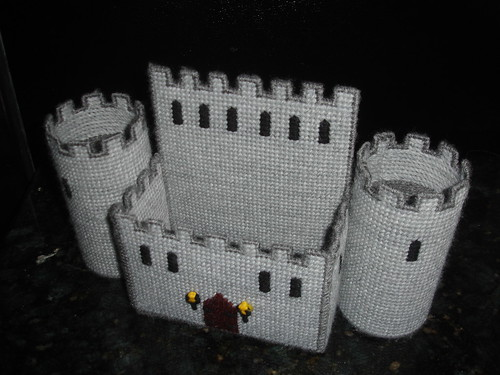 Plastic Canvas Castle Napkin Holder Empty | by Crafty Guy