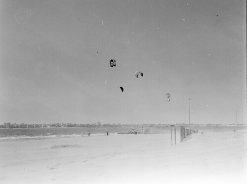 kites in St Brevin-les-Pins | by Hixair