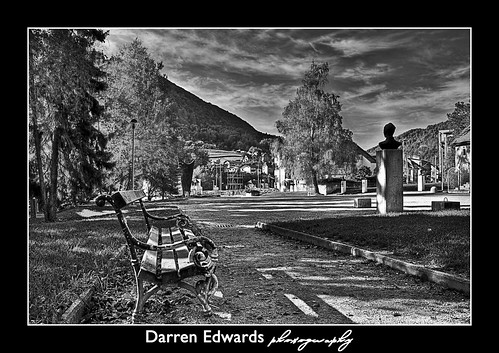 Old Park Chair - Black & White | by Darren Edwards Photography