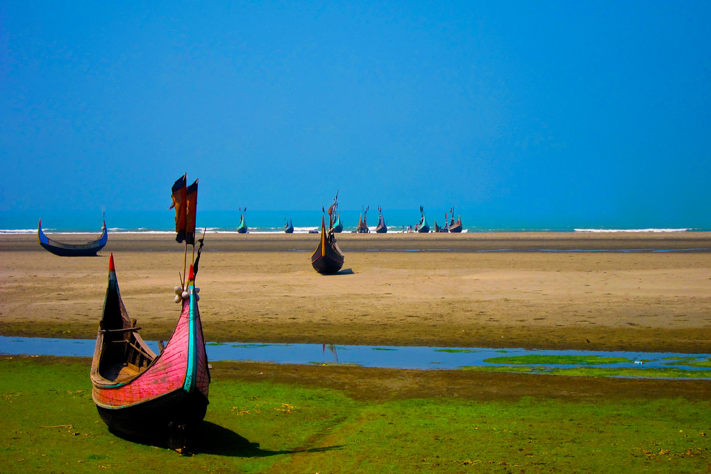 Bangladeshi boats in coxs bazar i think the boats were be flickr bangladeshi boats in coxs bazar by rushdi13 gumiabroncs Images