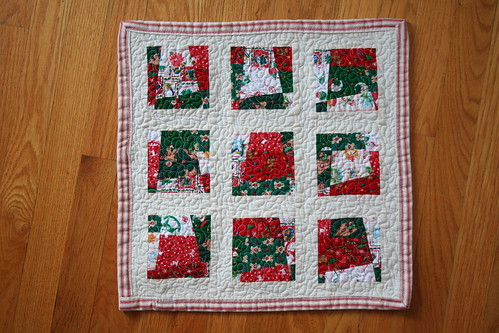 Mini Doll Christmas Quilt | by Mle BB