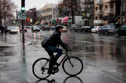 2009 - 88/365 - Bike + Rain = Wet Jeans !