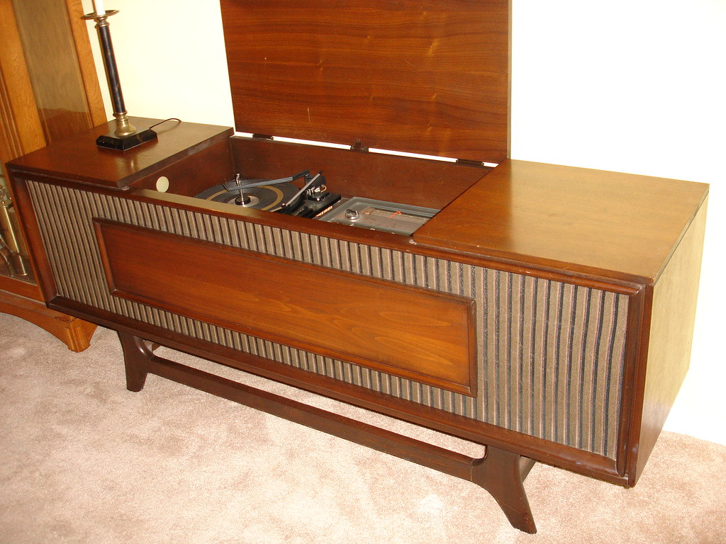 general electric stereo console found this beauty today in flickr