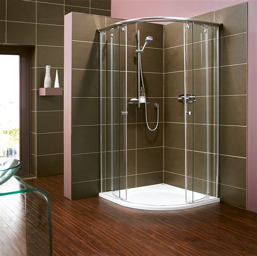Bellavita round (luxury shower enclosures) | Standing at a s… | Flickr