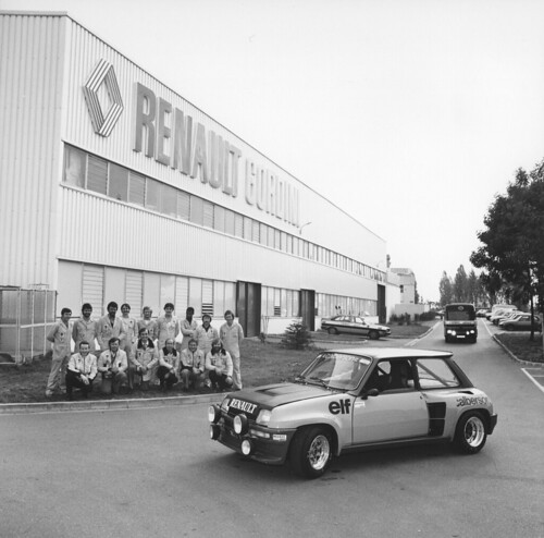 Renault gordini factory 1979 photo de groupe devant l for Garage renault viry chatillon