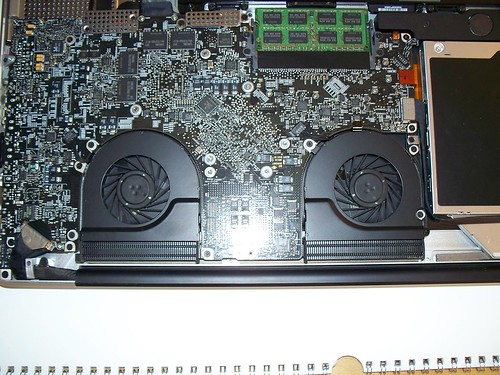 Macbook Pro 17 Quot 8 Gb Ram Upgrade Step 8 Twin Fan