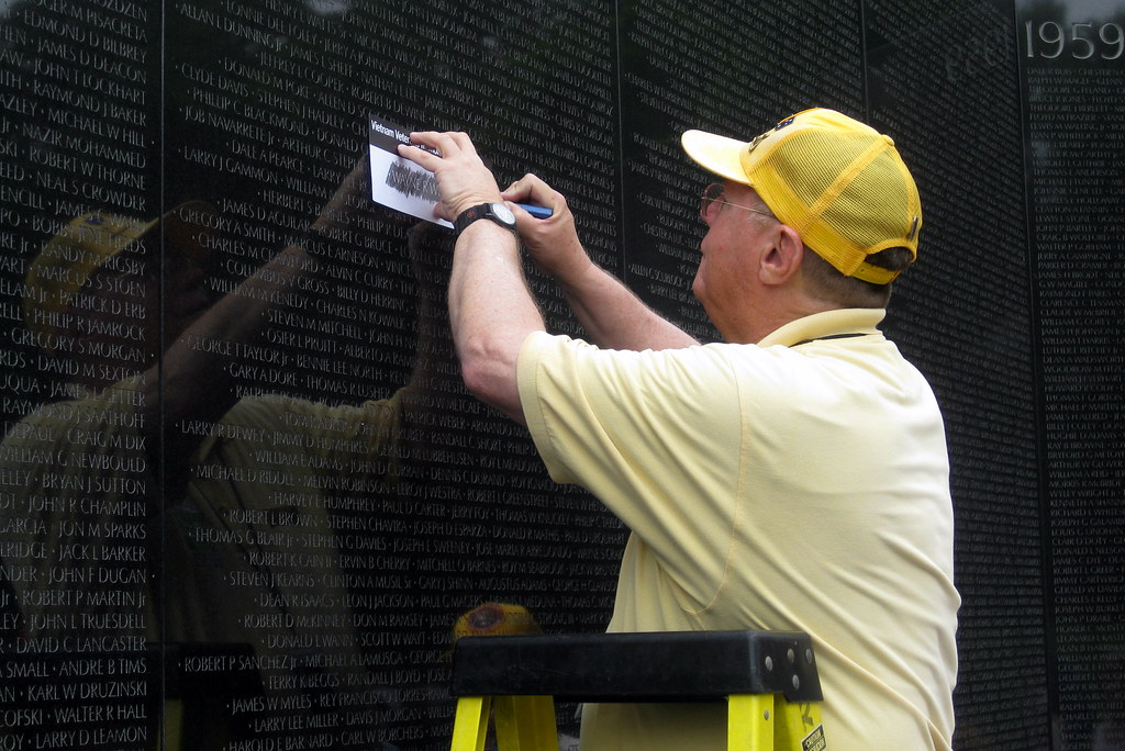 Washington Dc: Vietnam Veterans Memorial Wall - Pencil Rub… | Flickr