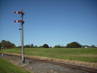 Home signal at Western Springs Railway | by ph4tanic