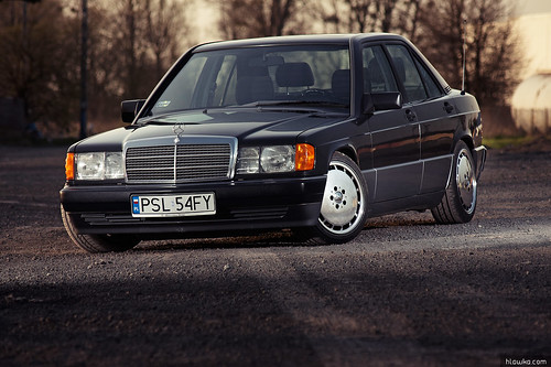 Mercedes W201 - 2 | by Loniek