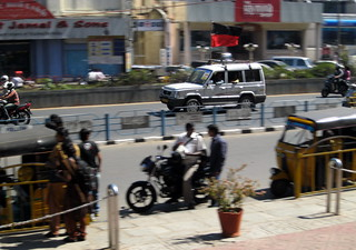 Panned kya ? A TATA Sumo with DMK flag speeding near Spencer Plaza,Chennai.. they lost the elections. | by Shan H Fernandes