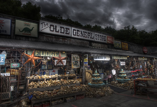 Olde Gener'l Store - Cave City, KY | by Rogue Photo