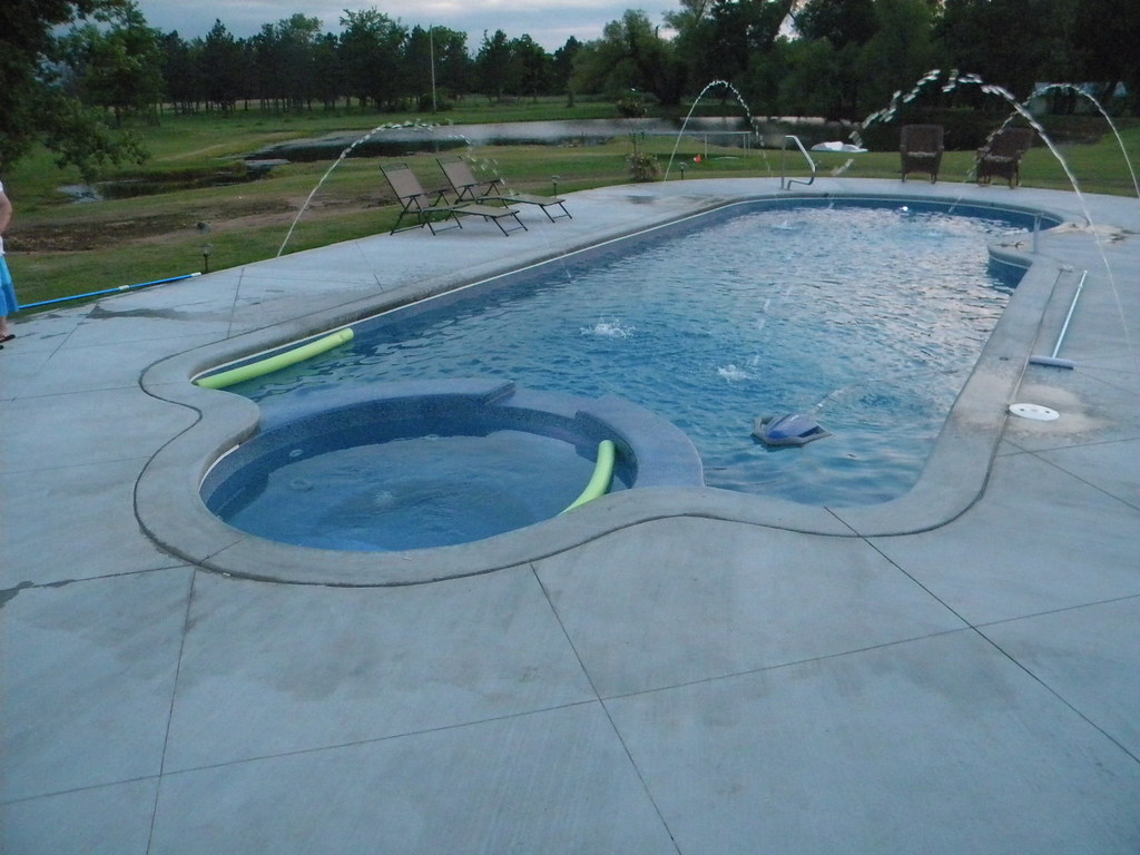 Viking pools trinidad model custom inground fiberglass for Custom inground swimming pools