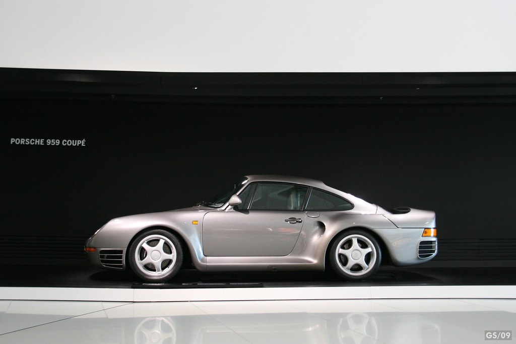 1986 Porsche 959 The Porsche 959 Is A Sports Car Manufactu Flickr