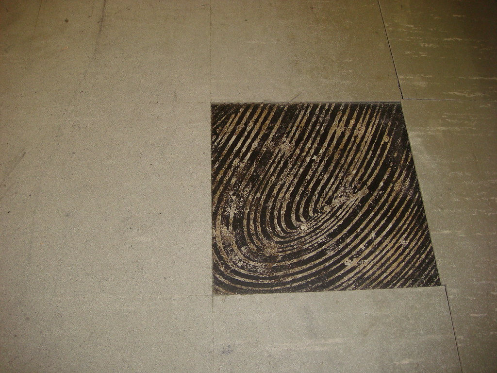Asbestos Floor Tile Black Mastic Wear Damage Example O Flickr