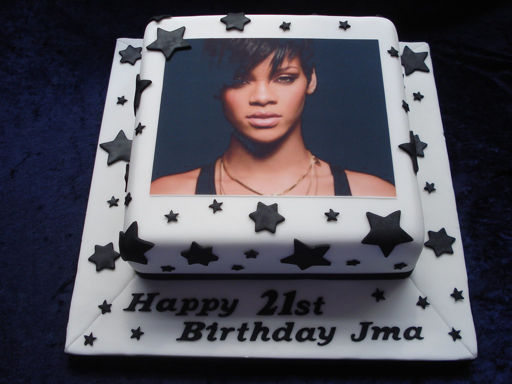 Rihanna Cake Cake made for a Rihanna fan Cake is 10 squa Flickr