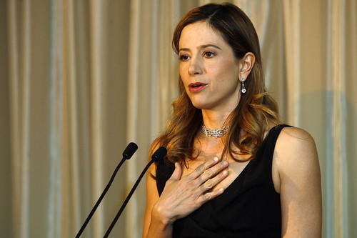 Award Winning Actress Introduces UNCA Citizen of Year Award Winner | by United Nations Photo