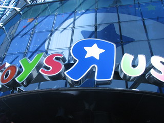 Toys R Us, Times Square | by jen_rab