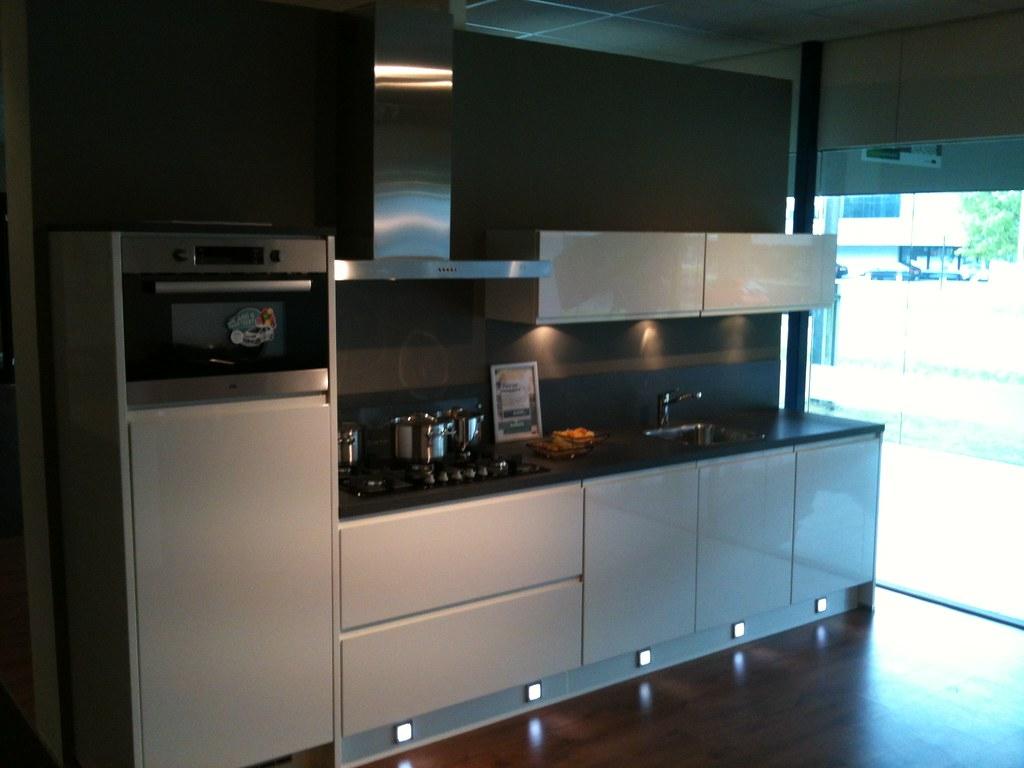 Keuken studio twente keukens showroom hengelo opstelling u flickr