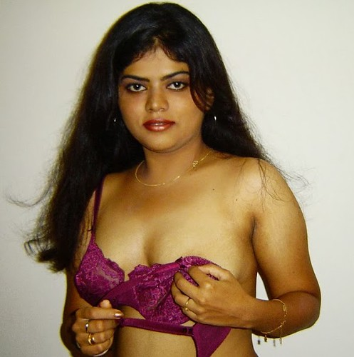 Hot-Desi-Masala-Actress-Neha Nair -Unseen-Stills-0121  Flickr-3034