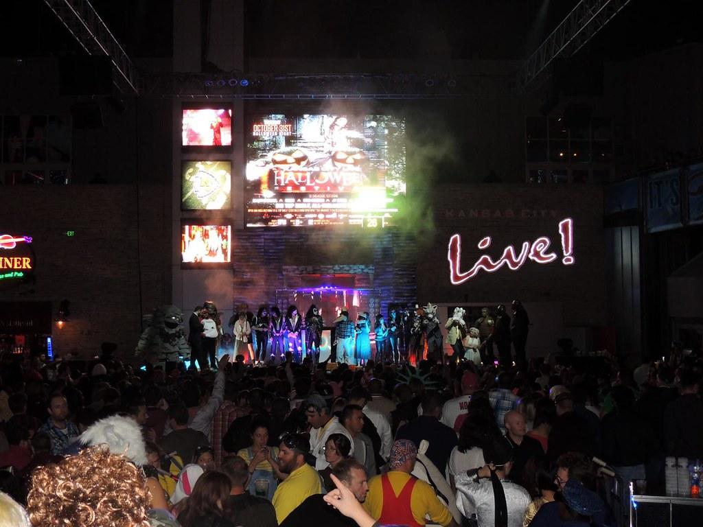 2013 power & light halloween party kansas city   fantastic h…   flickr