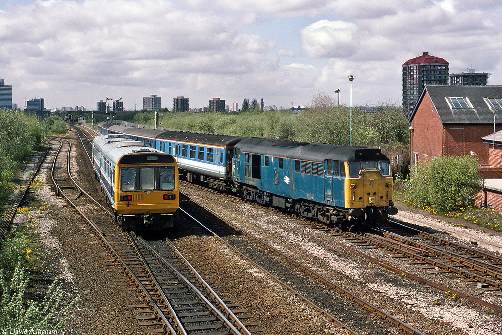 ... British Railways 31432   by Ingy The Wingy