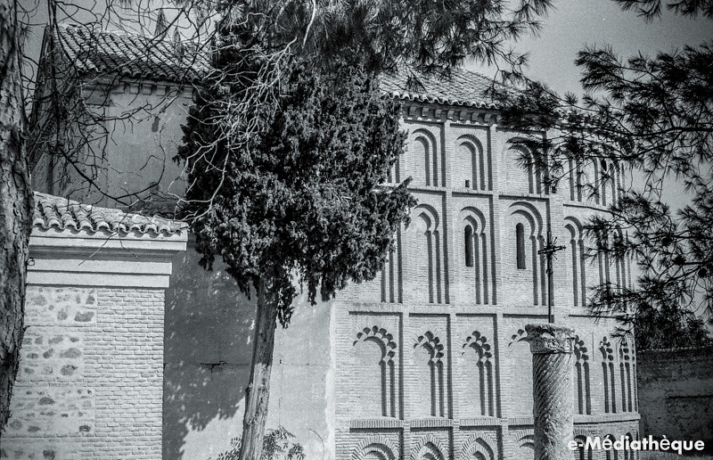 Cristo de la Vega en Toledo en agosto de 1965. Fotografía de Jacques Revault © e-Médiathèque | Médiathèque SHS de la Maison méditerranéenne des sciences de l'homme
