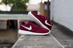 Nike Roshe Team Red