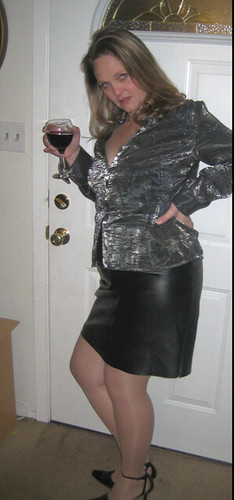 Velvet Blouse And Leather Skirt  198,500 Views  Leather -9548