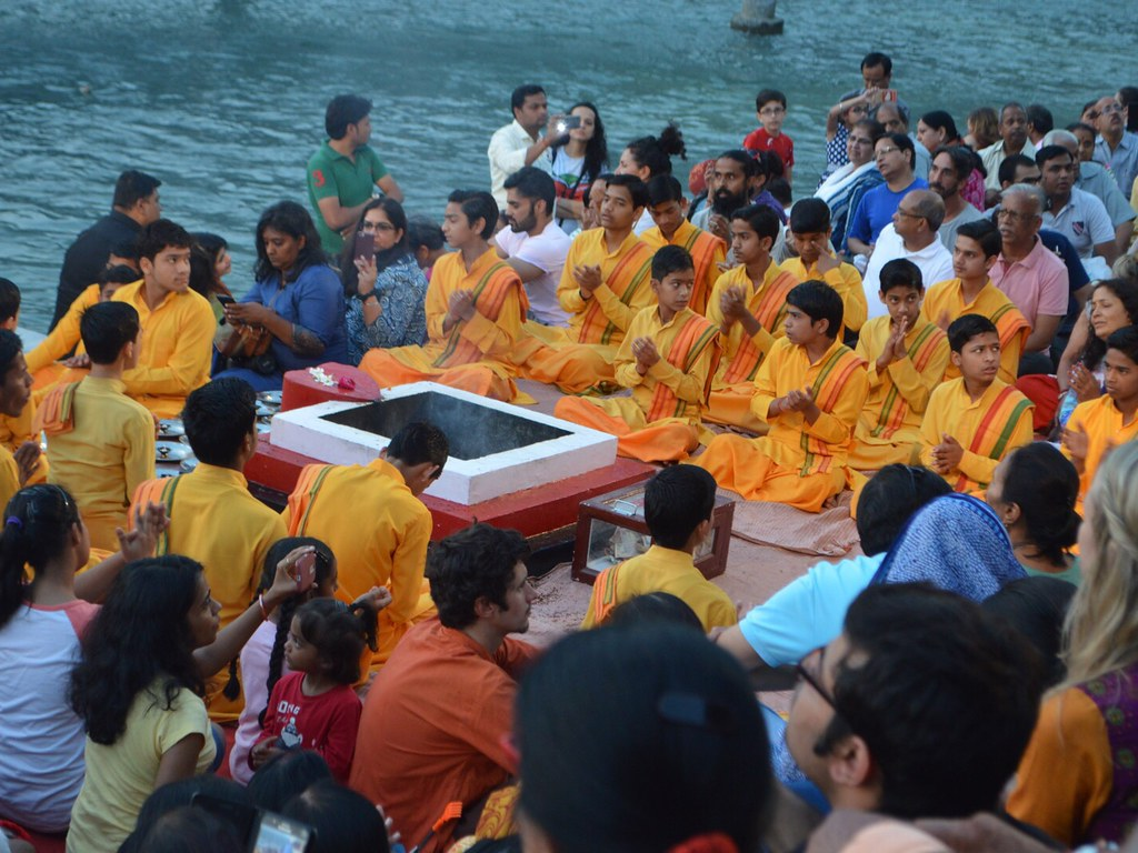 Evening ceremony in Rishikesh