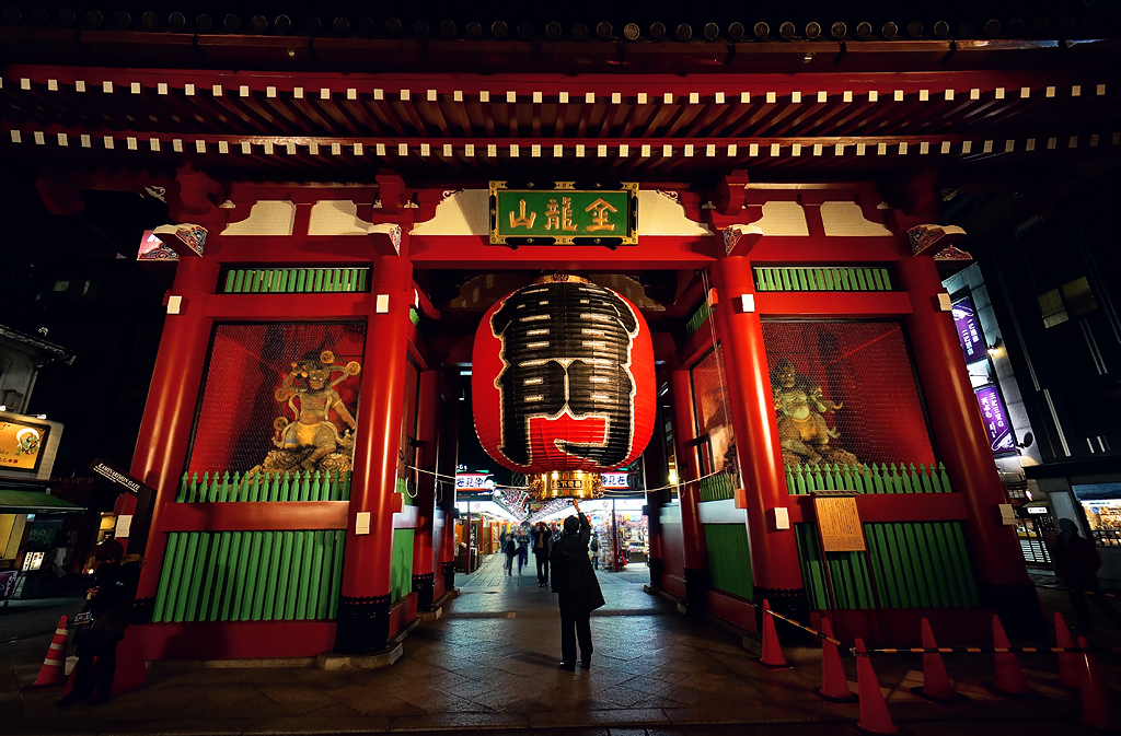 The Best Thunder Gate (Kaminarimon) Tours & Tickets - Tokyo | Viator