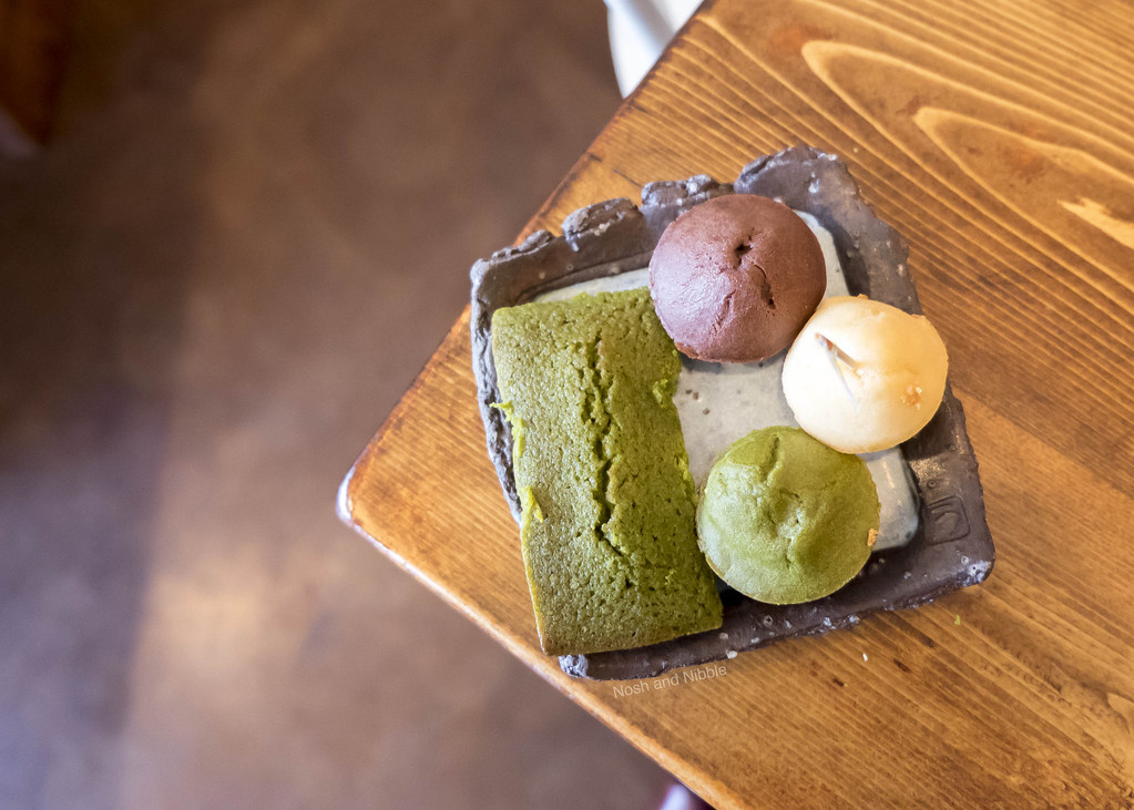 Nosh and Nibble - Yama Cafe - Japanese Treats Review - Vancouver #foodie #foodporn