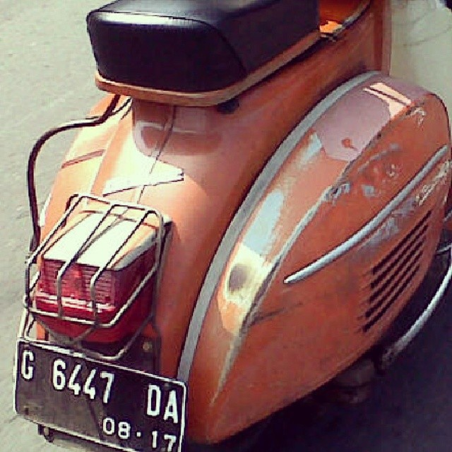Vespa Super 72 Rare Orange Colour Vespa Vespasuper Orig Flickr