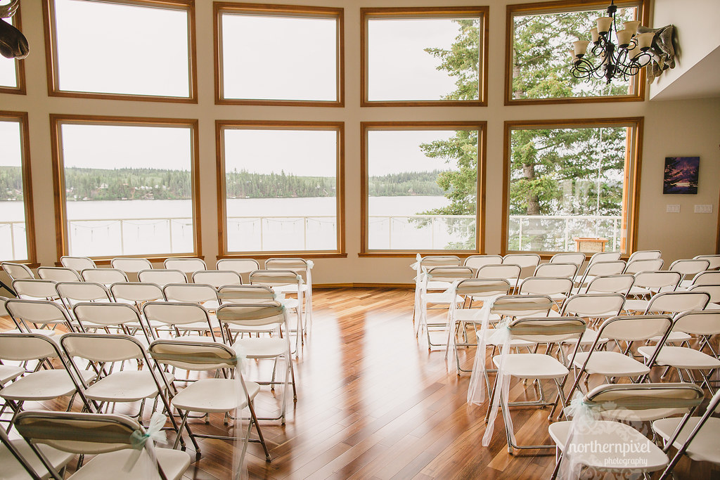 Sunnyslope Bed and Breakfast Wedding Ceremony at Cluculz Lake