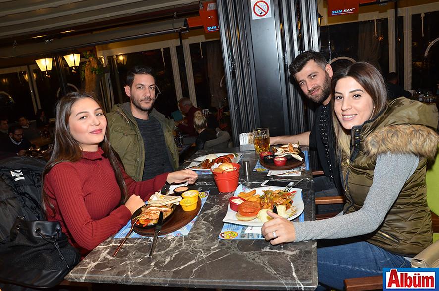 Leman Kültür'de kutladılar3 ( Sevgililer Günü)