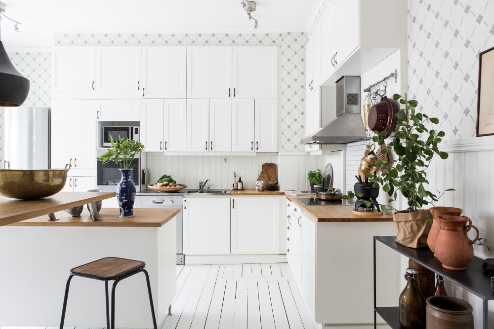 Fresh Scandinavian Home Filled with Light