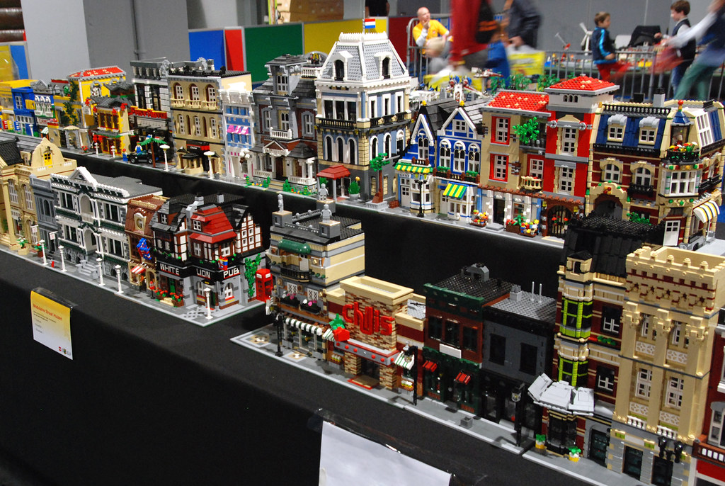 LW Custom Modular Collection 6 | Pictures from LEGO World Ut… | Flickr
