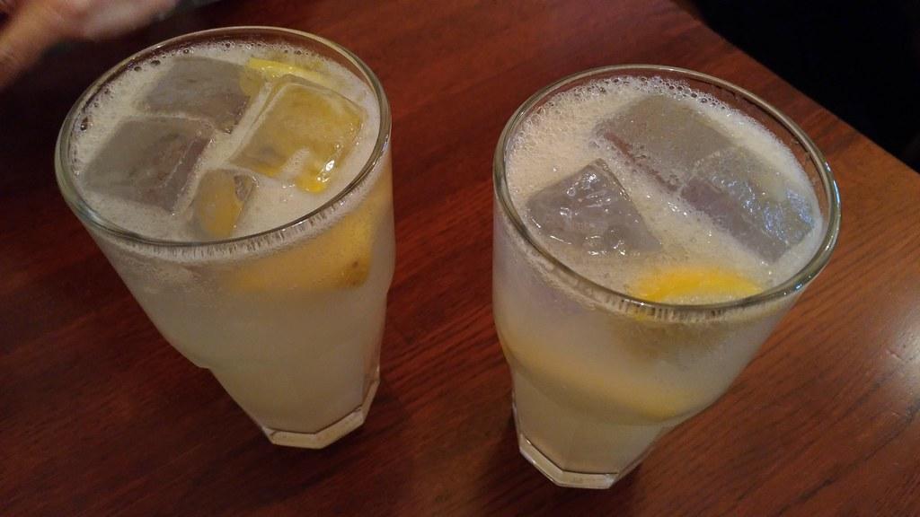 「イル・クアルト・ポンテ」のレモンハイ