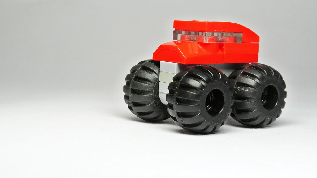How To Build The Microscale Lego Monster Truck Moc Flickr