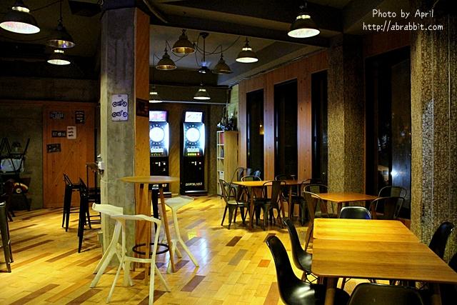33168353782 22a9dc71eb o - 美國時間 Migocigen café,近一中商圈,深夜來份邪惡的熔岩起司薯條吧!(已歇業)