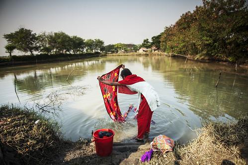Daily laundry, Bangladesh. Photo by Felix Clay/Duckrabbit.