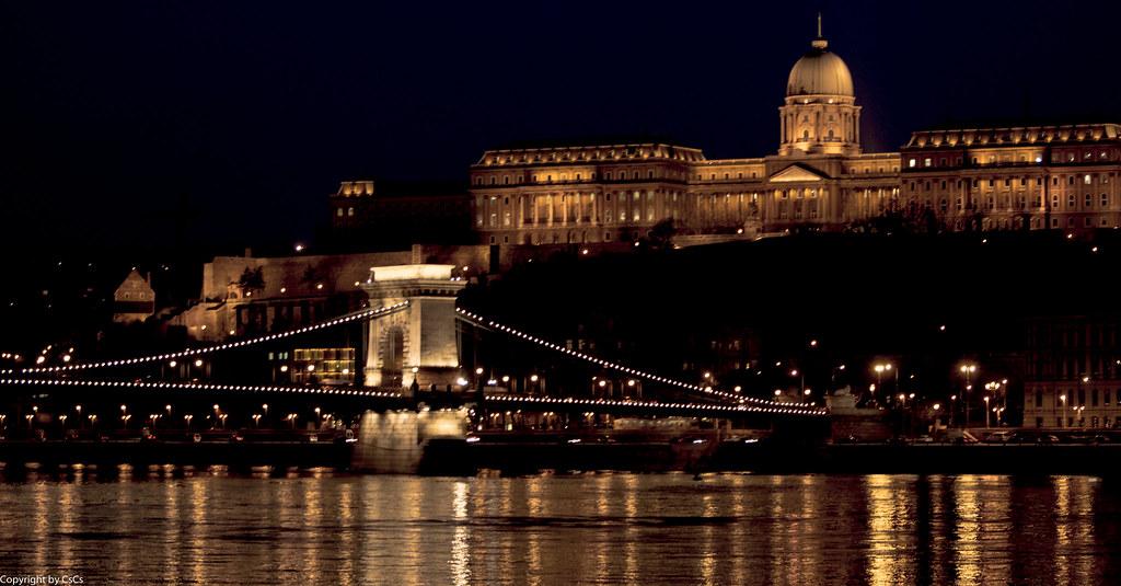 Szechenyi Chain Bridge - Széchenyi lánchíd