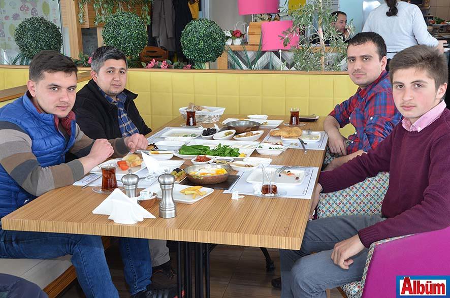 Zeytin Dalı Pazar Kahvaltı4