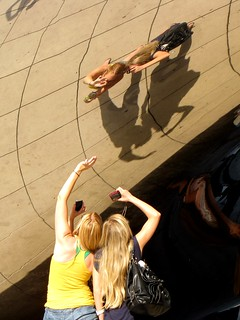Selfies on Cloud Gate | by SchuminWeb