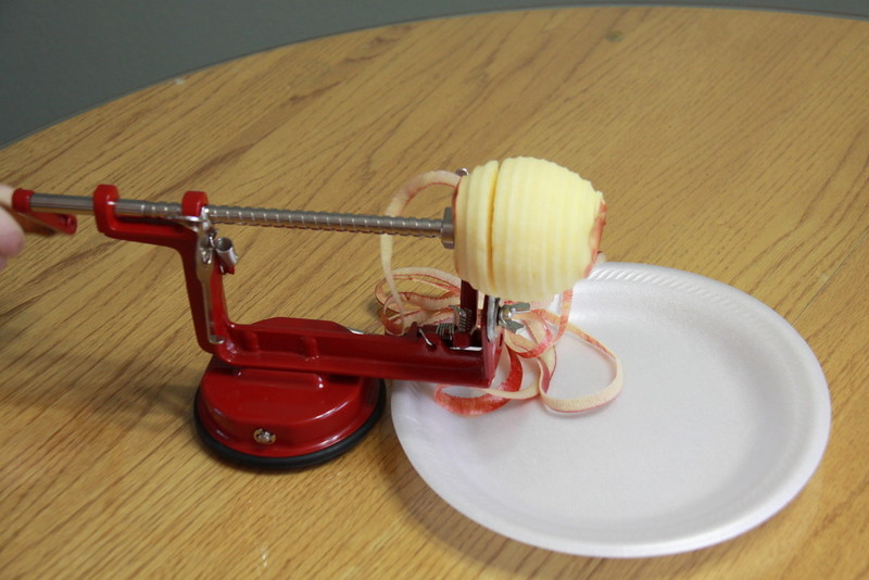apple slicer corer peeler (8)