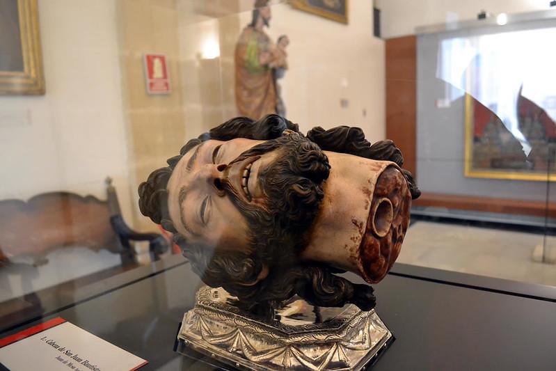 Cabeza del Bautista de Juan de Mesa